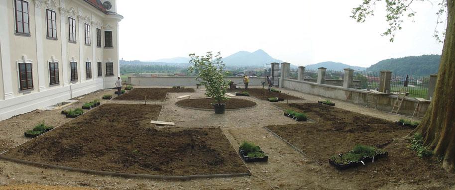 Garden beds preparation